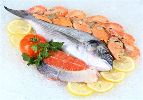 where to get fresh seafood fresh seafood on ice stock photo 169 belchonock 20184681