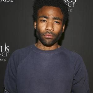 donald glover worth donald glover net worth 2018 bio wiki age spouse