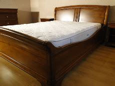 chambre bordeaux lits et tetes de lit sur mesure dans toute la
