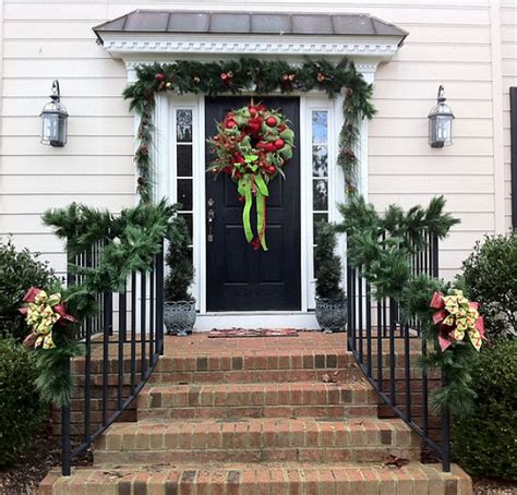 christmas decorating ideas for porch railings 20 christmas garland decorating ideas bright bold and beautiful blog