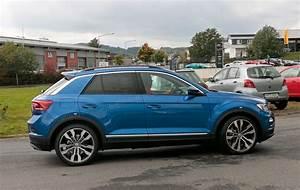 T Roc Volkswagen : vw t roc r 2018 revealed in pictures by car magazine ~ Carolinahurricanesstore.com Idées de Décoration