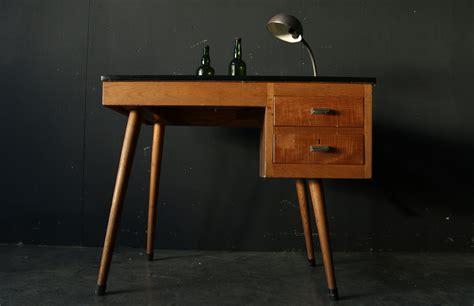 bureau vintage 馥s 50 industrieel vintage schooljuffen bureau jaren 60 dehuiszwaluw