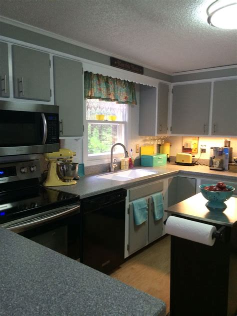 how to chalk paint kitchen cabinets painted my plain kitchen cabinets easy with dixie 8525
