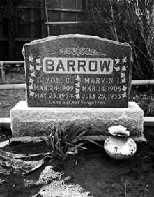 Bonnie and Clyde Barrow Death Photos