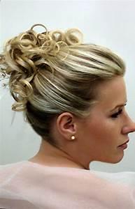 Coiffure Mariage Facile Cheveux Mi Long : coiffure cheveux mi long pour mariage tendances 2019 ~ Nature-et-papiers.com Idées de Décoration