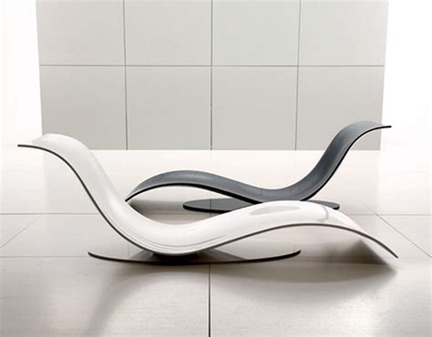 chaise design fly stylish and minimalist lounge chair in wavy form eli fly