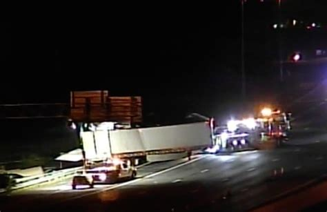 Semi driver killed in rollover crash on I-24 ...