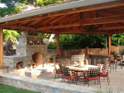 country outdoor kitchen ideas 37 best images about outdoor kitchens on pool 6193