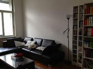 Schreibtisch Im Wohnzimmer : schreibtisch pc im schlaf oder wohnzimmer ~ Markanthonyermac.com Haus und Dekorationen