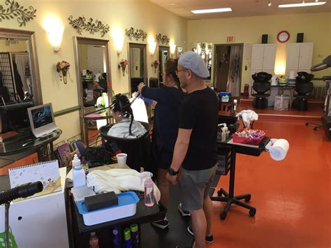 Hair Implants Columbia Sc 29229 Connie S Hair Studio 美容院 1807 Decker Blvd Columbia
