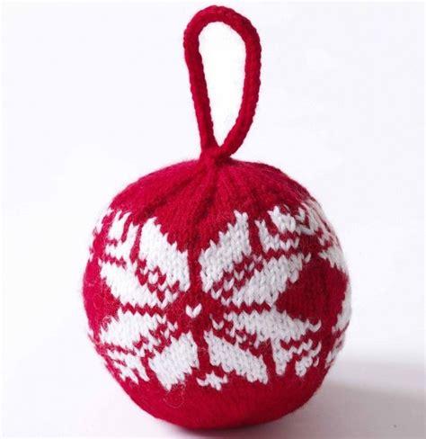 weeks  christmas knitting treats   tree