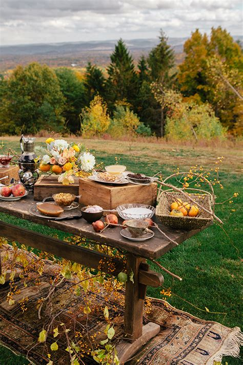 Fall Entertaining Inspiration  Fall Party Ideas 100