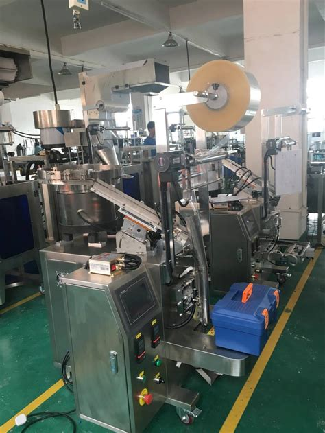 automatic screw nails counting packing machine automatic food packing machine supplier flow