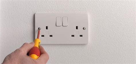 how to replace l socket how to change a socket wickes co uk