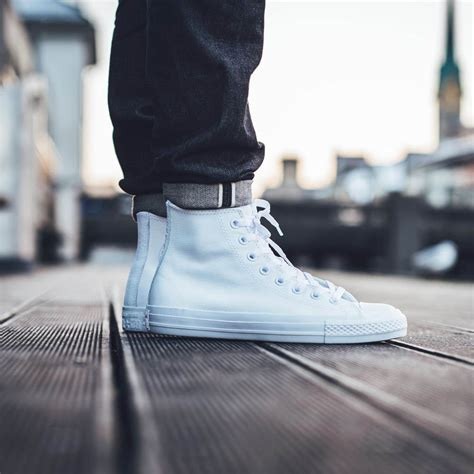 CONVERSE Leather White Chucks Are the Cleanest Looking Hi