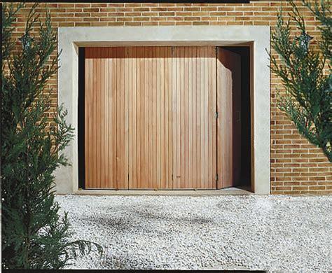 porte de garage en bois porte de garage en bois leroy merlin