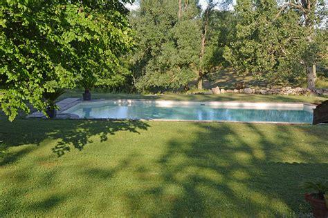 chambres hotes ardeche chambre d 39 hôtes luxe et piscine château du besset ardèche