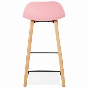 Chaise Mi Hauteur : tabouret de bar chaise de bar mi hauteur scandinave scarlett mini rose poudr ~ Teatrodelosmanantiales.com Idées de Décoration