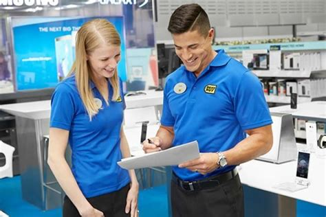 Help Desk Technician Salary Uk by Getting It Right In All The A Best Buy Office Photo