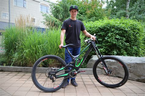 Aaron Gwin, Troy Brosnan, & The Specialized