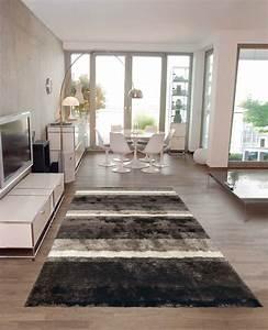 Tapis Salon Blanc : tapis de salon shaggy gris et blanc funky arte espina ~ Teatrodelosmanantiales.com Idées de Décoration