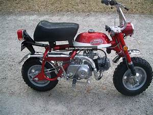 Honda Mini Trail 50