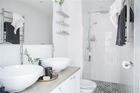 compacte slaapkamer inrichten smalle frisse compacte badkamer interieur inrichting