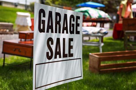 Garage Sales by How To A Successful Garage Sale Tips For Pricing Items