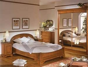 Meuble Pour Chambre : d co chambre meuble merisier exemples d 39 am nagements ~ Teatrodelosmanantiales.com Idées de Décoration
