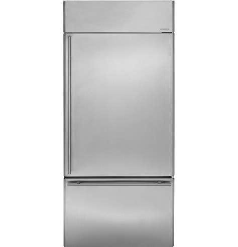 zicsnhrh monogram  built  bottom freezer refrigerator bottom freezer bottom