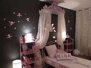 Deco Chambre Fille Princesse : chambre princesse rose et grise d co sophie levitte ~ Teatrodelosmanantiales.com Idées de Décoration