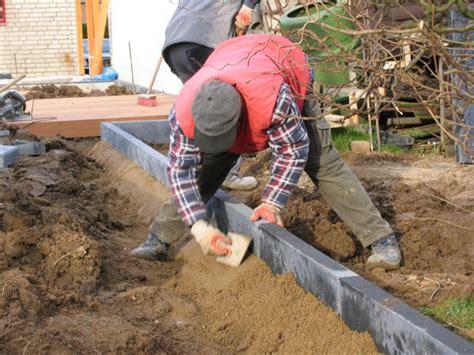 palisaden setzen ohne beton gartengestaltung sch 246 n und pflegeleicht in d 252 sseldorf m 246 nchengladbach und k 246 ln nrw
