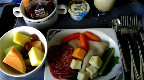 Hd Continental Airlines Food Service In Domestic First