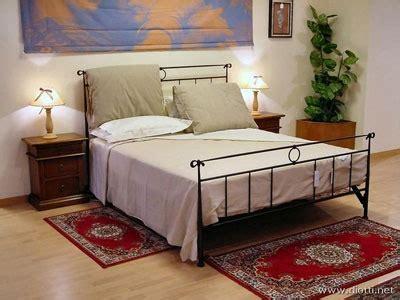 tappeti per camere da letto tappeti scendiletto da letto piccoli grandi