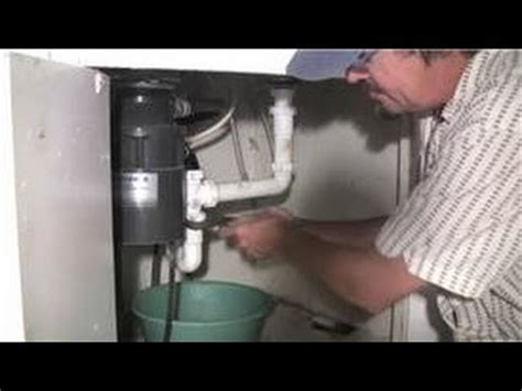 how to disconnect kitchen sink kitchen plumbing how to remove blockage from your 7241