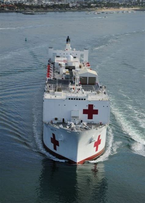 Usns Mercy And Usns Comfort Barnorama