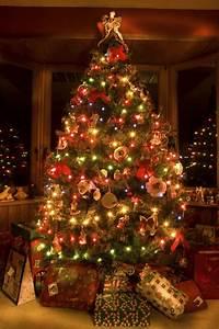 Schleifen Für Weihnachtsbaum : weihnachtsbaum festlich schm cken spa f r die ganze familie ~ Whattoseeinmadrid.com Haus und Dekorationen