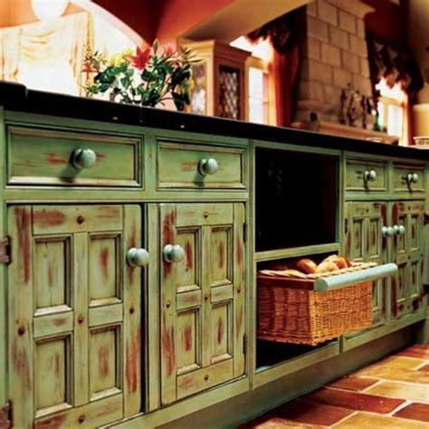 rustic green kitchen cabinets toplota rustičnog uređenja časopis podovi 4975