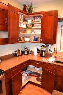 Corner Kitchen Cabinet Ideas 25 Best Ideas About Corner Cabinet Kitchen On Corner Cabinets Kitchen Corner And