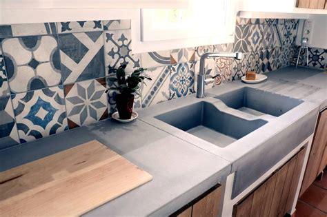 table de cuisine en marbre la cuisine béton plan de travail suprabéton balian