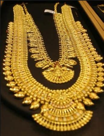 swastik jewellers manufacturer  gold jewellery white