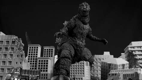 Sh Monsterarts Godzilla 1954