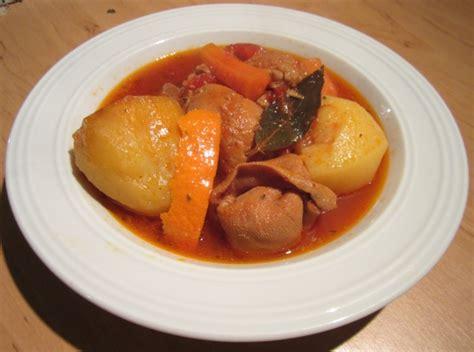 cuisiner piment pieds et paquets marseillais recette de pieds et paquets