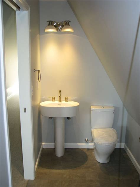 half bathroom layout inspiration 25 best ideas about small attic bathroom on