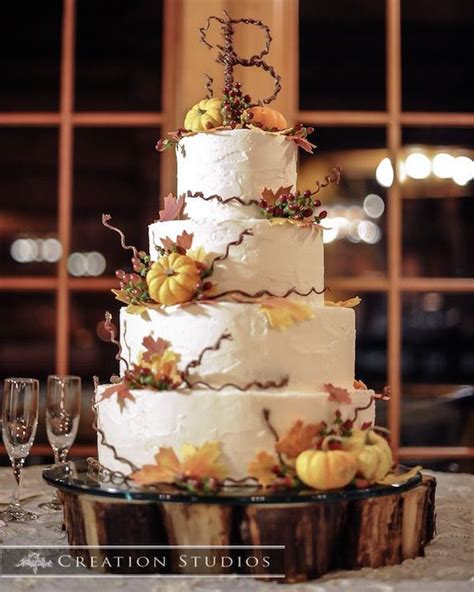 rustic country wedding cakes   perfect fall wedding