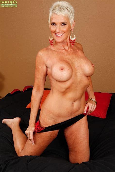 Lexy Cougar Karups Older Women