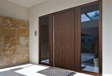 Haustueren Aus Kunststoff Aluminium Oder Holz Materialien Im Vergleich by Haust 252 R Materialien