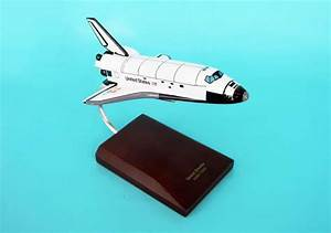 NASA - Space Shuttle Atlantis Orbiter - 1/200 Scale ...