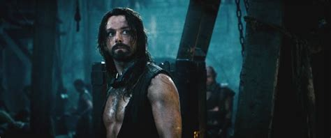 Underworld: Rise of The Lycans | A Petrified Fountain of ...