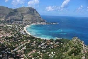 Location Voiture Catane Sicile : location de voiture sicile pas cher v hicule de location sicile ~ Medecine-chirurgie-esthetiques.com Avis de Voitures